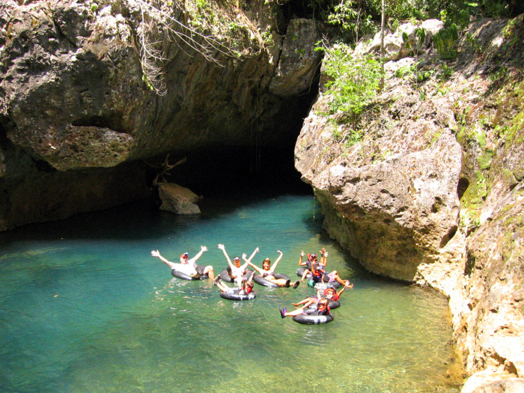 Belize Cave Tubing & Zoo Adventure