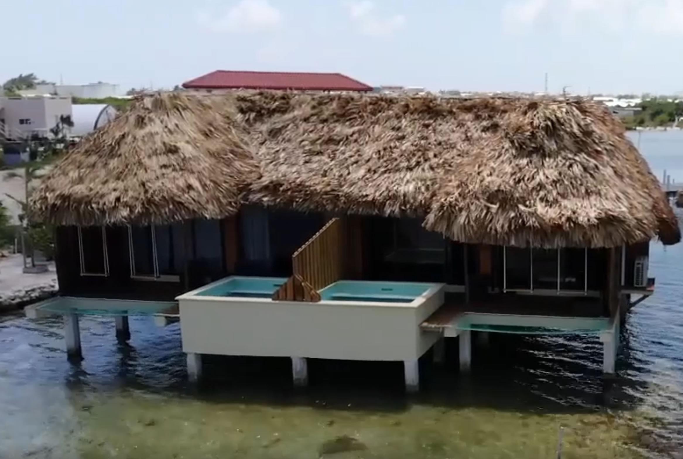 1 Bedroom Overwater Cabana